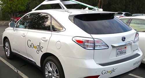 A cyclist recently had a strange, but safe, encounter with a self-driving Google car.